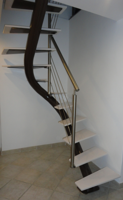 Escalier-tournant-inox-silestone-7