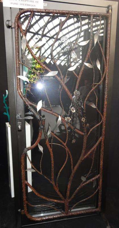 Porte-dentree-vitree-plus-grille-16