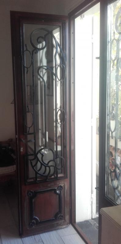 Porte-dentree-vitree-plus-grille-9