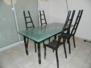 Table-chaises-metal-verre-bambou-1